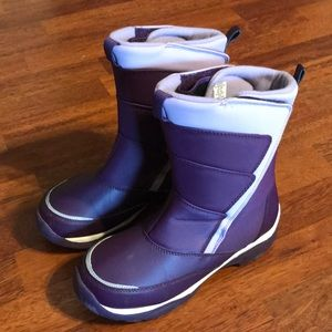 Lands End Snow Boots. Youth 6, Deep Plum in EUC!